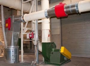 Der METRON 05 PowerLine Metalldetektor bildet in Kombination mit der High Speed TEXREJECT – Umlenkweiche ein hocheffizientes Komplettsystem